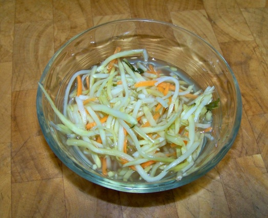 Eat your Fermented Broccoli Kraut